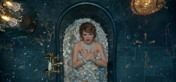 "Video kadras/Taylor Swift vaizdo klipas ""Look What You Made Me Do"""
