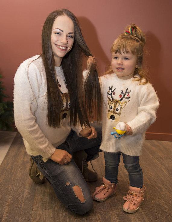 Vido Černiausko nuotr./Ineta Puzaraitė-Žvagulienė su dukra Barbora