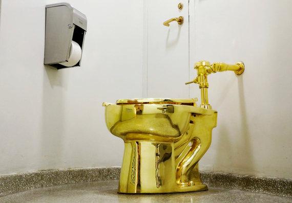 """Scanpix"" nuotr./Auksinis tualetas ""Amerika"""