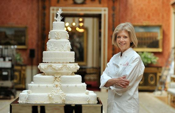 """""""Scanpix""""/AP nuotr./Princo Williamo ir Kembridžo hercogienės Catherine vestuvinio torto konditerė Fiona Cairns"""