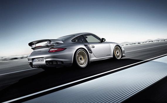 "Gamintojo nuotr./""Porsche 911 GT2 RS"""