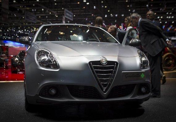 "Irmanto Gelūno/15min.lt nuotr./""Alfa Romeo Giulietta Quadrifoglio Verde"""
