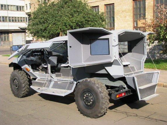 Trucklist.ru nuotr./Karinis ZIL prototipas