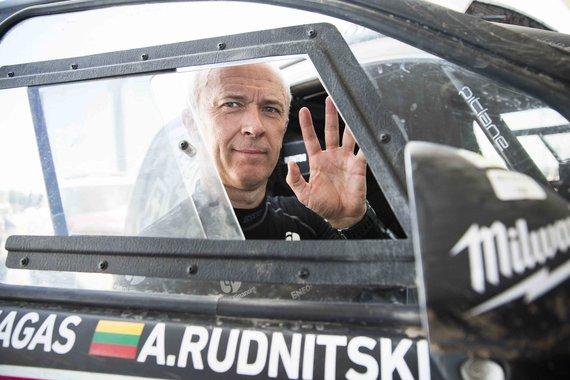 Gedmanto Kropio nuotr./Dakaro maratonas: pirmas greičio ruožas