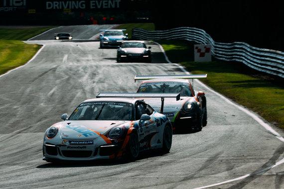 """Porsche Carrera Cup GB"" lenktynės ""Oulton Park"" trasoje"