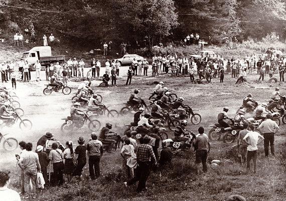 Komandos archyvo nuotr./Varžybos Pagirių motokroso trasoje