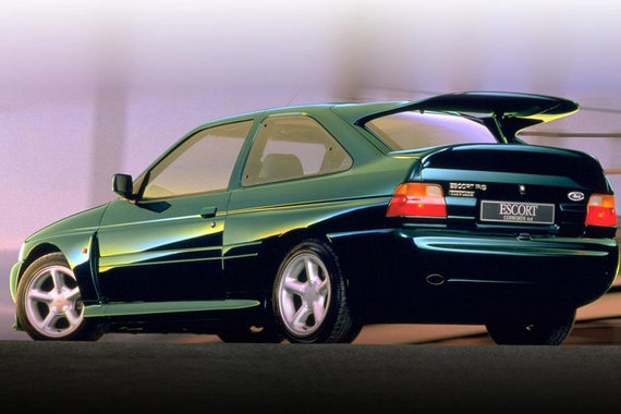 """Ford"" nuotr./""Ford Escort RS Cosworth"""