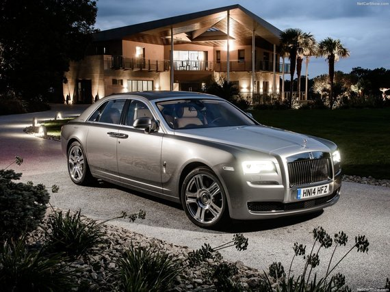 "2. ""Rolls-Royce Ghost"""
