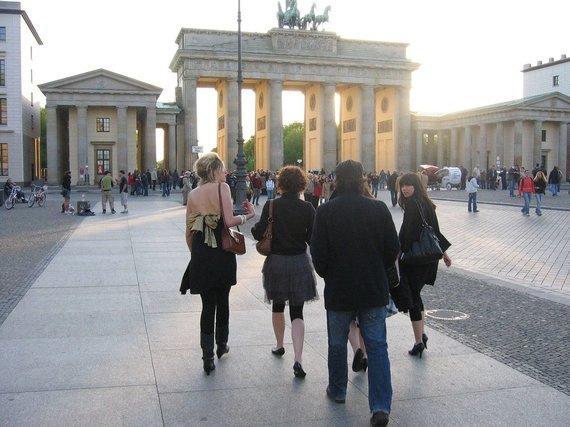 V.Mikaičio nuotr./Brandenburgo vartai iš rytų pusės
