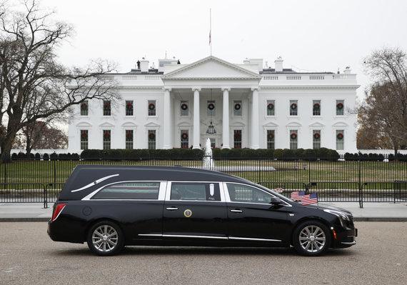 """AFP/""""Scanpix"""" nuotr./JAV eksprezidento George'o H.W.Busho laidotuvių pamaldos"""