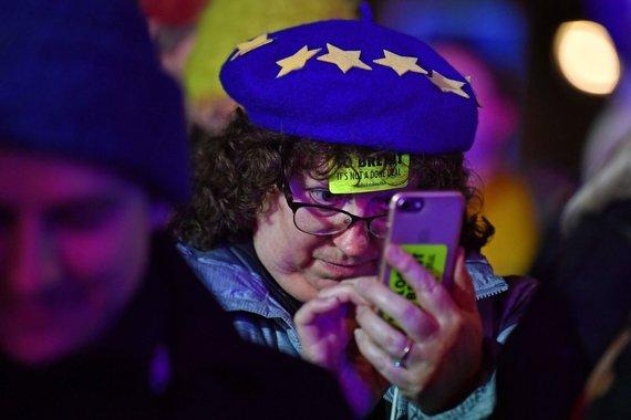 """AFP/""""Scanpix"""" nuotr./Britai laukia sprendimo dėl """"Brexit"""""""
