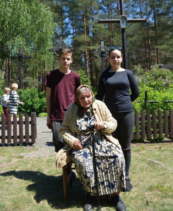 R.Averkienės nuotr./Marija Jevčenko su anūkais