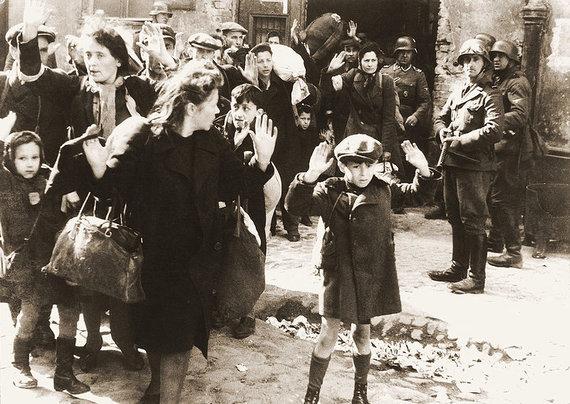 Wikimedia Commons nuotr./Varšuvos geto sukilimas