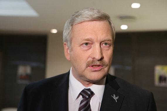 Andriaus Ufarto/BFL nuotr./Bronis Ropė laukia rinkimų rezultatų