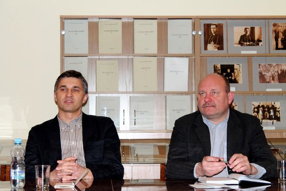 Evelinos Mokžeckos/zw.lt nuotr./J.Neverovičius ir J.J.Komaras diskusijos metu
