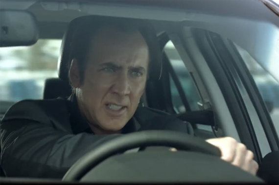 """Kadras iš vaizdo siužeto/Nicolas Cage'as vairuoja """"BAIC Senova D Sedan"""""""