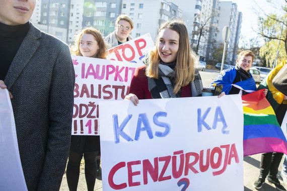"""Luko Balandžio / 15min nuotr./Kontrmitingas """"Už LRT, prieš ProPagandą"""""""