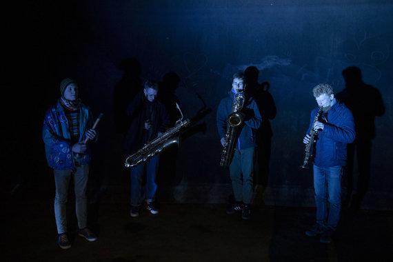 """Luko Balandžio / 15min nuotr./Liepkalnio vandens saugykloje grojęs saksofonų kvartetas """"Katarsis 4"""""""