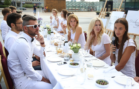 """Luko Balandžio/Žmonės.lt nuotr./Pikniko """"Vakarienė baltai"""" repeticija"""