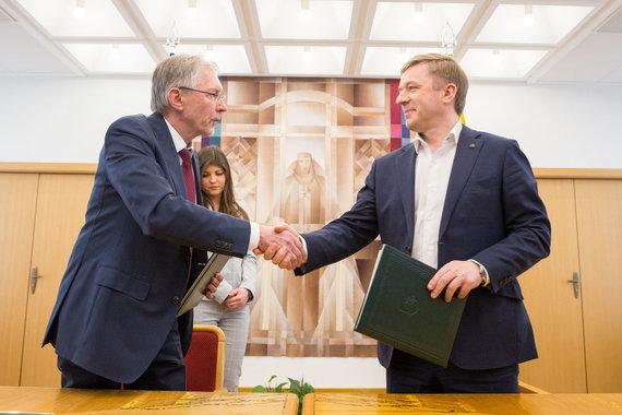 Luko Balandžio / 15min nuotr./Gediminas Kirkilas, Ramūnas Karbauskis