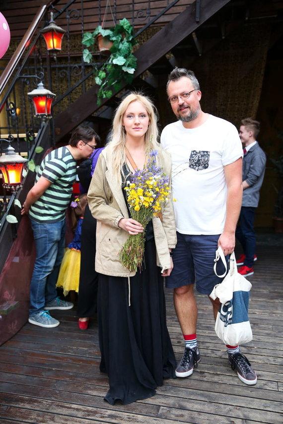 Viganto Ovadnevo/Žmonės.lt nuotr./Eglė Žiemytė su vyru Simonu