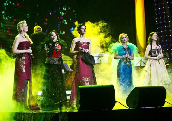 """""""Enya Christmas Show"""" koncerto akimirka"""