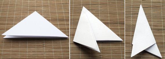 Redakcijos nuotr./Popierinių snaigių karpymas