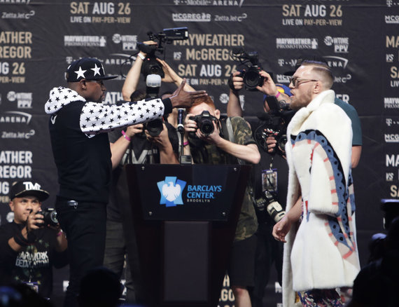 """Reuters""/""Scanpix"" nuotr./Floydas Mayweatheris ir Conoras McGregoras"