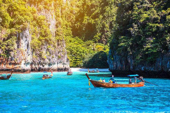 Shutterstock.com nuotr./Maya įlankos paplūdimys