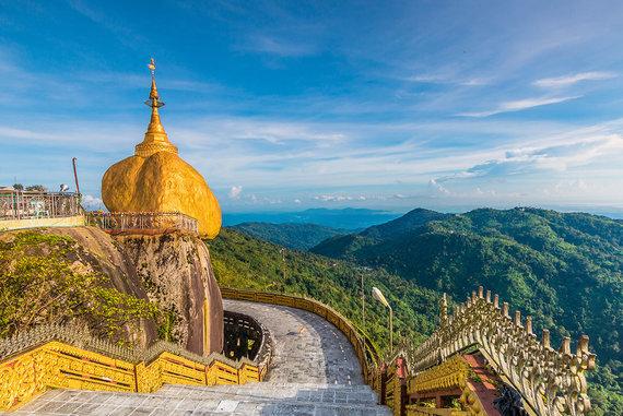 Shutterstock.com nuotr./Aukso uolos pagoda
