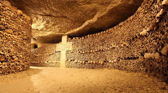 Shutterstock.com nuotr./Paryžiaus katakombos, Prancūzija