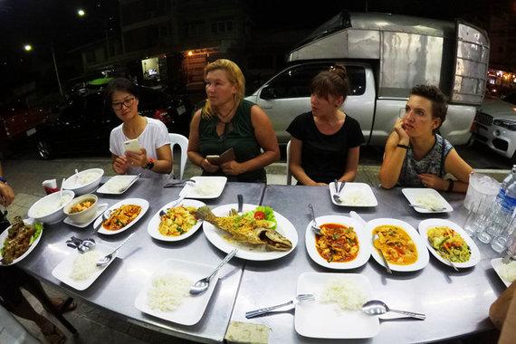 """""""Baltic Tours"""" nuotr./Vakarienė Tailande visiems skoniams"""