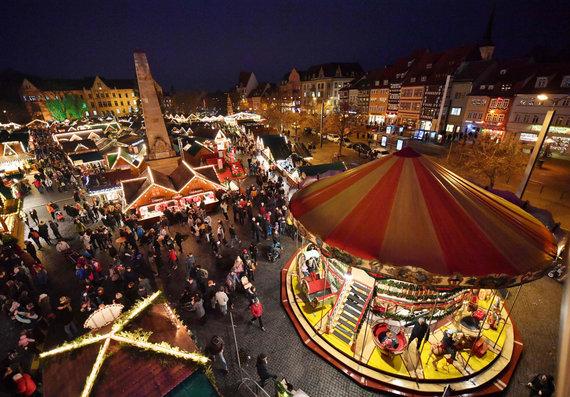 """AFP/""""Scanpix"""" nuotr./Erfurto Kalėdų mugė"""