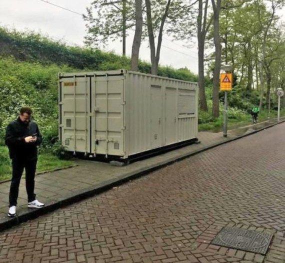 Ben Speller nuotr./Britas užsisakė kambarį Amsterdame už 115 Eur – vietoj to gavo lovą konteineryje