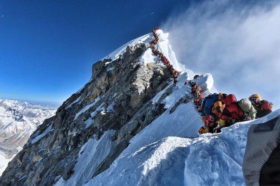 "AFP/""Scanpix"" nuotr./Spūstys ant Everesto 2019 m."