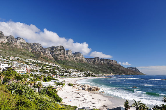 Shutterstock.com nuotr./Camps Bay paplūdimys, Pietų Afrikos Respublika
