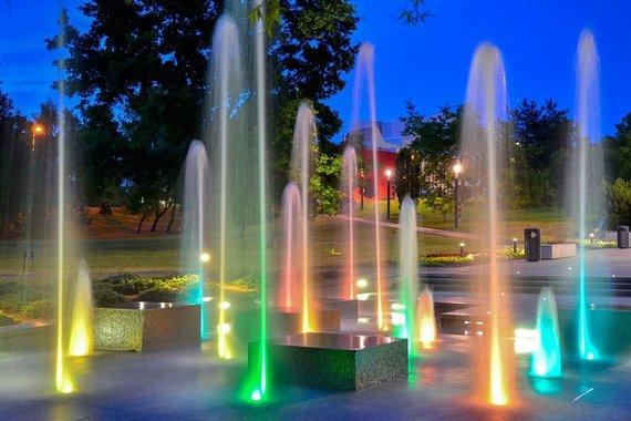 Marijampolės TIC nuotr./Marijampolės poezijos parko fontanas