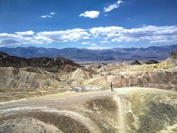 Asm.archyvo nuotr./Mirties slėnis JAV ir tolumoje stovinti Sandra