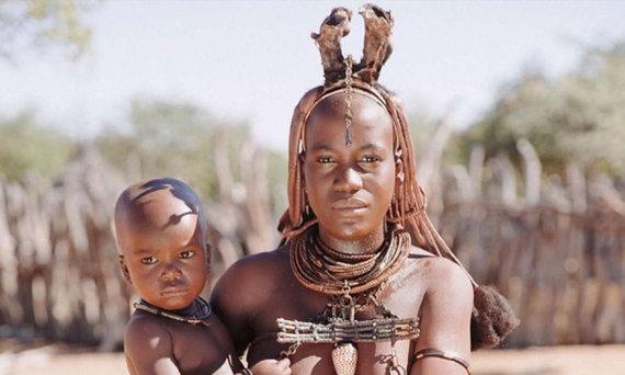 Shutterstock.com nuotr./Himba genties moteris