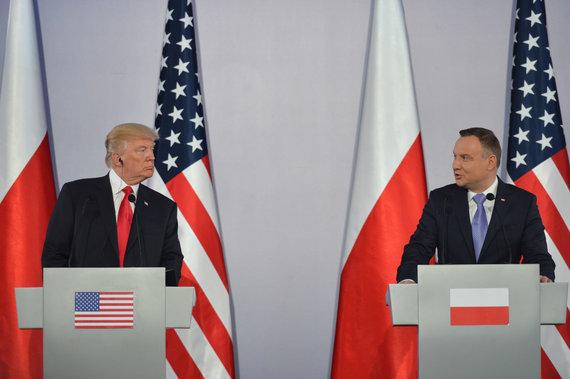 """""""Scanpix""""/""""Sipa USA"""" nuotr./Donaldas Trumpas ir Andrzejus Duda"""