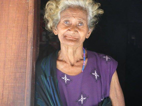 Asm.archyvo nuotr./Indonezija. Moteris iš Flores salos