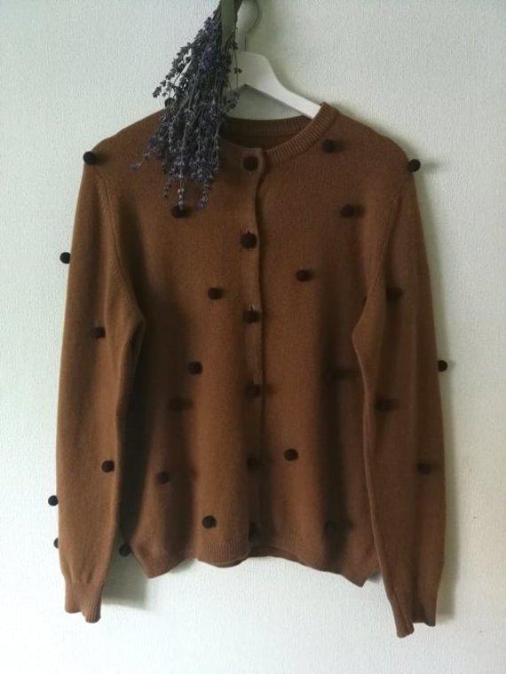 Asmeninio archyvo nuotr. /Paturbintas vintažinis megztinis. Kamuoliukai velti iš vilnos.