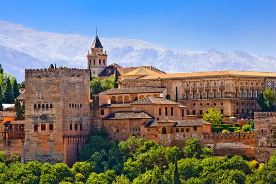 Shutterstock nuotr./Alhambros tvirtovė, Granada, Ispanija