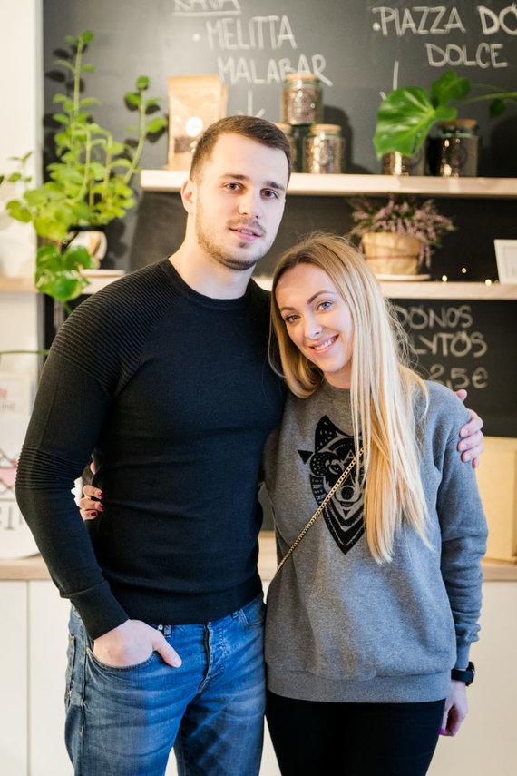 Renginio organizatorių nuotr./Baiba Skurstene-Serdiukė su vyru Mykolu