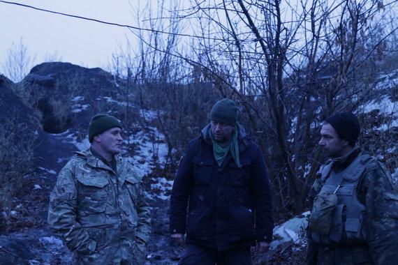Jono Ohmano nuotr./Jonas Ohmanas su Ukrainos kariais fronto linijoje