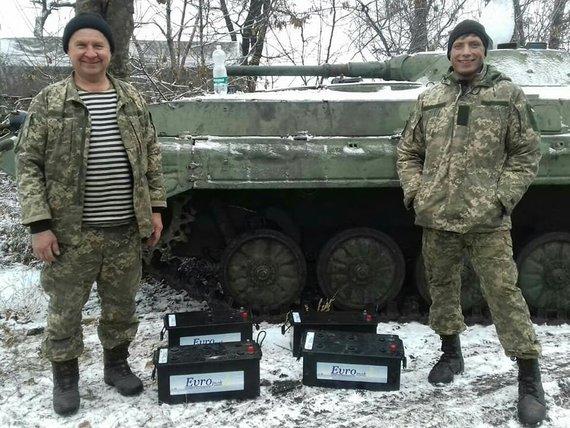 """Jono Ohmano nuotr./""""Blue/Yellow"""" pristatė BMP akumuliatorius į frontą"""