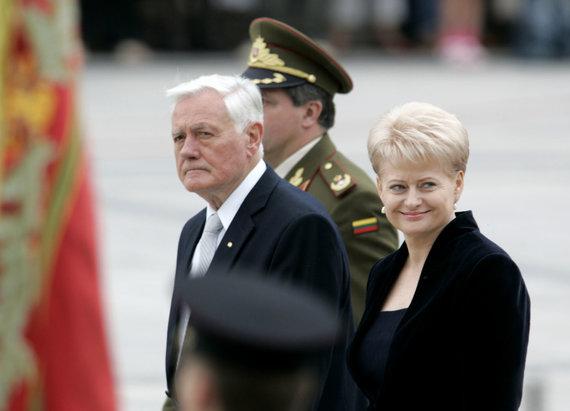 """""""Reuters""""/""""Scanpix"""" nuotr./Valdas Adamkus ir Dalia Grybauskaitė"""