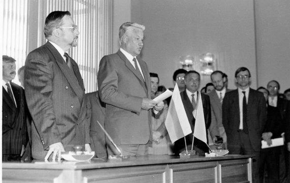Povilo Krivicko nuotr./Vytautas Landsbergis ir Borisas Jelcinas