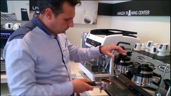 Projekto partnerio nuotr./Kavos gaminimo procesas