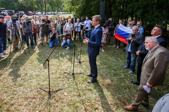 Vidmanto Balkūno / 15min nuotr./Boriso Nemcovo skvero atidarymas